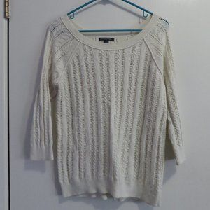 American Eagle cream cable knit sweater 3/4 sleeve